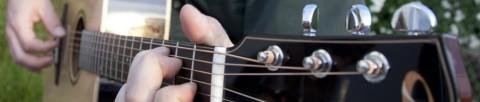 cropped-folk-musician-header.jpg